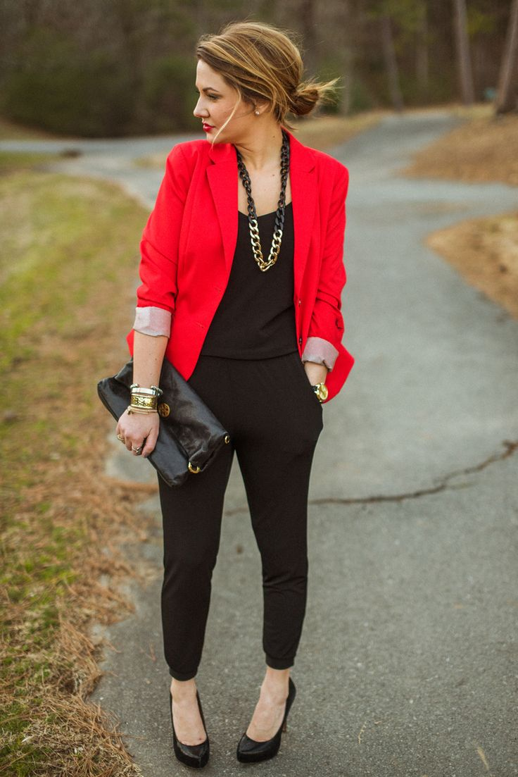Mad Love-Dallas bloggers. H&m blazer. Veronica m jumpsuit. Bcbg heels