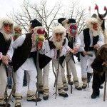 New Year traditions in Romania .Anul Nou (Sanvasaiu sau Craciunul Mic) este mai mult o sarbatoare laica decat una religioasa. Ea marcheaza trecerea in noul an civil (anul nou bisericesc incepe la 1 septembrie), fiind si ziua de praznuire a Sfantului Vasile cel Mare. In aceasta perioada se intalnesc mai multe obiceiuri populare, avand, in general, caracter distractiv sau de urare, …Share it now!