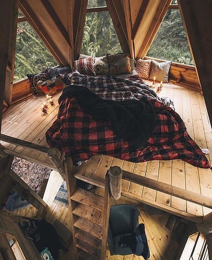 "@tinyhousegolden on Instagram: ""Who would like to spend a night here? Credits"