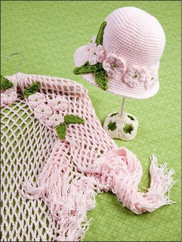 Pretty summer shawl and hat