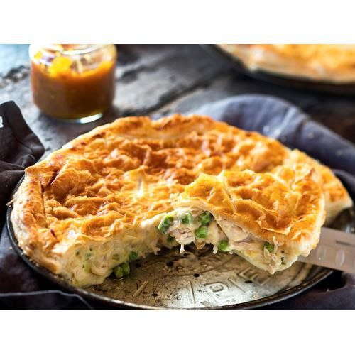 Bee's famous chicken pie recipe - By New Zealand Woman's Weekly, Family Fave! A pie is the perfect way to feed the masses.