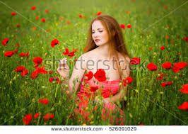 Znalezione obrazy dla zapytania poppy girl