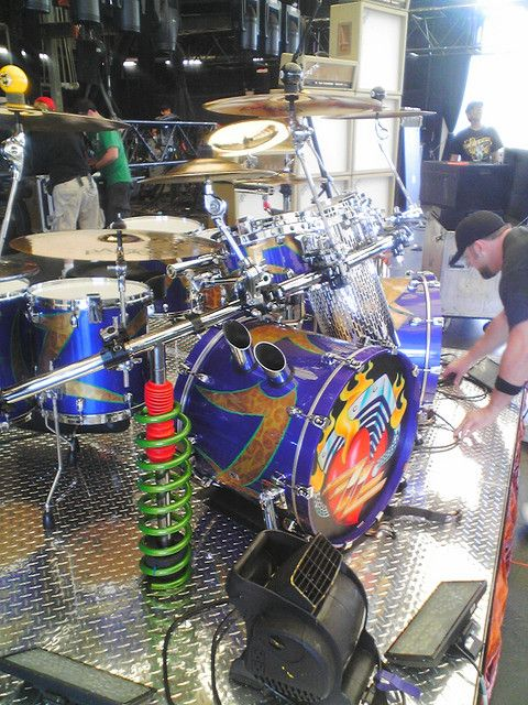One of the coolest drum kits around!   This is art!    Frank Beard of ZZ Top's kit.  Saw ZZ at our godaddy.com Christmas party!!  They were awesome!!  Still can rock!!