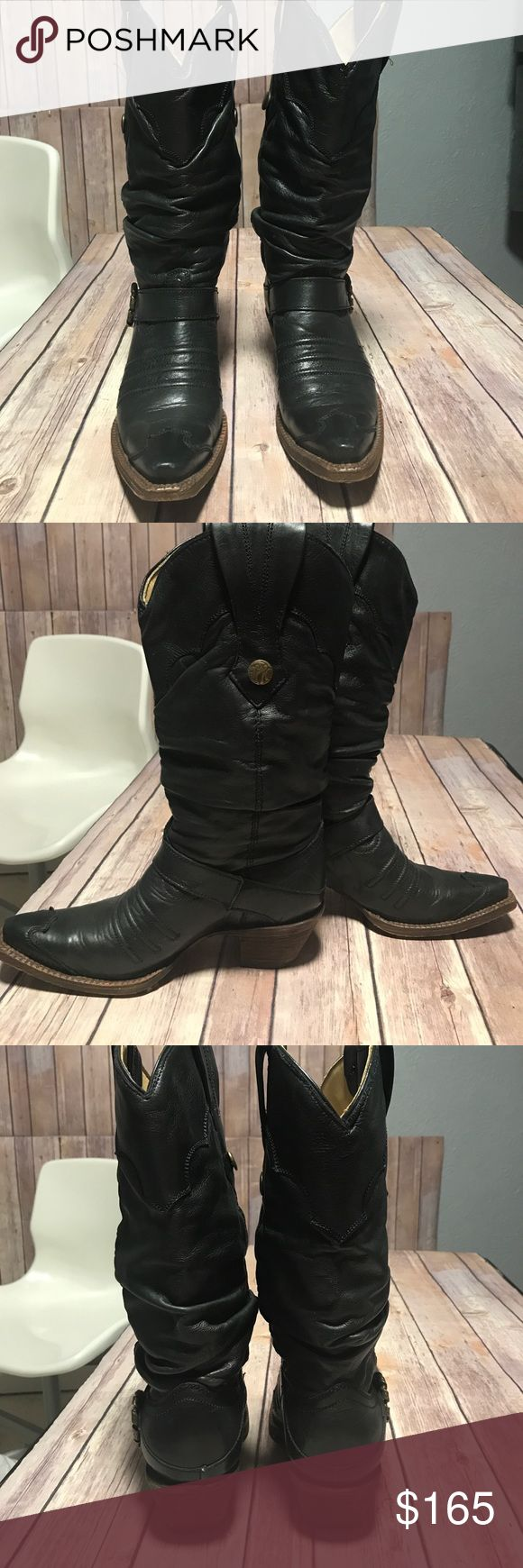 Corral Vintage boots Euc. Beautiful pair of black leather western boots. Used once. Corral Vintage Collection. Great quality Corral Shoes