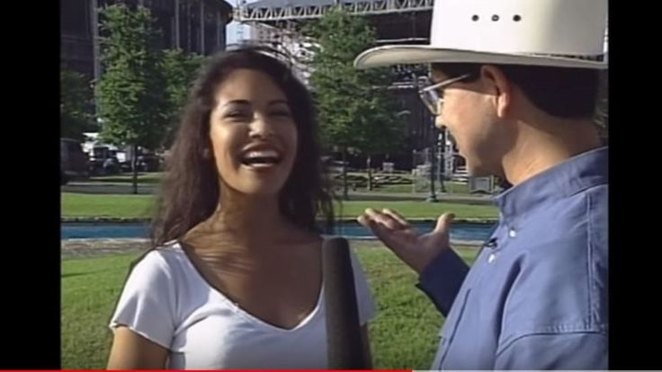 A rare video of Selena Quintanilla-Pérez that has been apparently lost for more than 20 years has just been found in a truck donated to the Smithsonian's National Museum of American History, according to a new video on YouTube.  WATCH: Selena talks about h