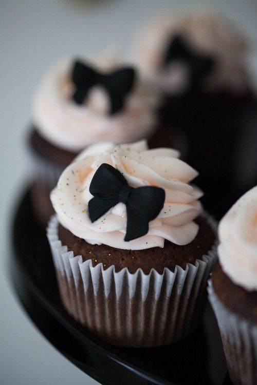 Favorite things party by Jenny Cookies! Via Kara's Party Ideas KarasPartyIdeas.com #eatmoredessert
