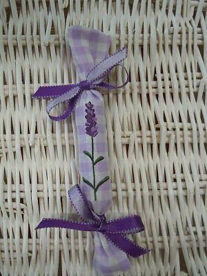 Decori di Anna: Sacchetti profuma biancheria. Bags scented linen #lavender