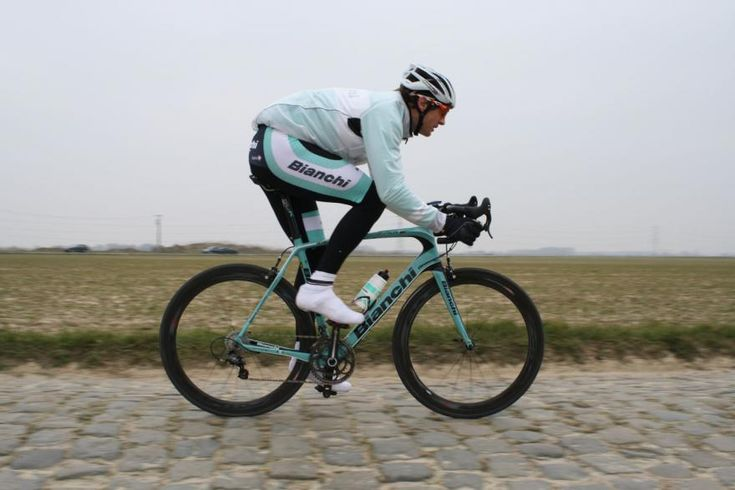 We've been riding the brand new Bianchi Infinito CV bike on the Paris-Roubaix cobbles this morning and we're impressed by the smoothness of the ride.