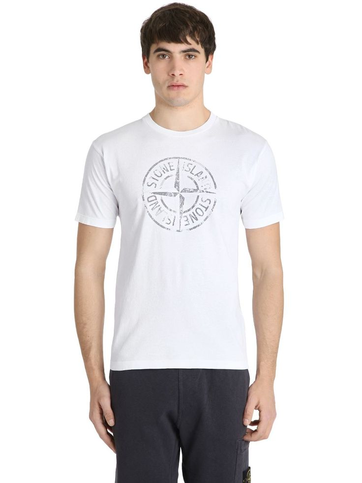 STONE ISLAND LOGO PRINTED COTTON JERSEY T-SHIRT. #stoneisland #cloth #