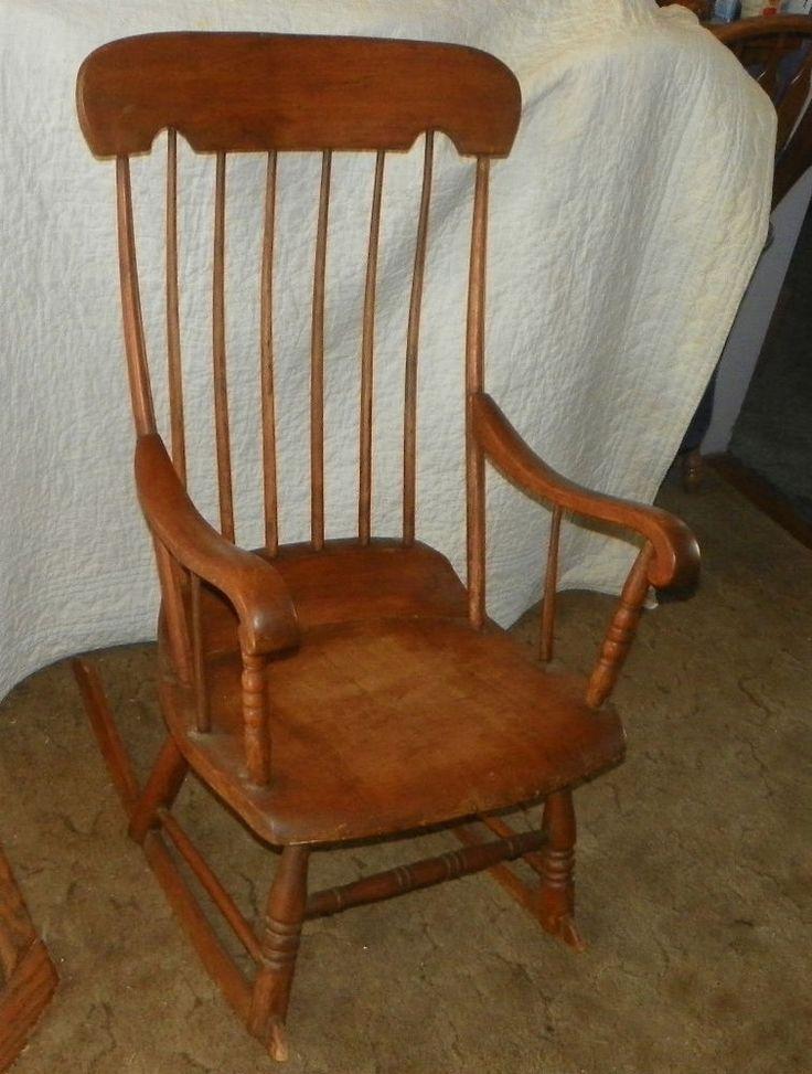 Beautiful Antique Oak And Maple Boston Rocker Rocking Chair (R92)