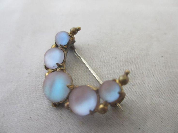 Antique Edwardian Saphiret Glass Crescent Moon Brooch Pin 9957