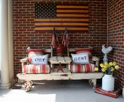 Country style porchCountry Porches, Primitives Patios Decor, Americana Porches, Outdoor Americana, Americana Patios, Americana Front Porches, Barns Owls, Country Front, Country Ideas