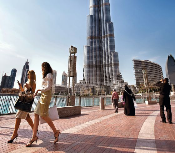 Dubái sufrió los estragos de la crisis, que superó gracias al préstamo de un emirato vecino.