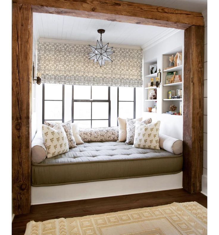 Cabin-Inspired Interiors today on Dering Hall (link in profile). We so enjoyed seeing this sweet reading nook in our #modernfarmhouse project included in your roundup. Thanks DH! xxK&T  @athensbuildingco  @sarahdorio #clothandkindinteriordesign #historyheartstorysubstance #interiordesign #reclaimedwood #readingnook #gettincozy
