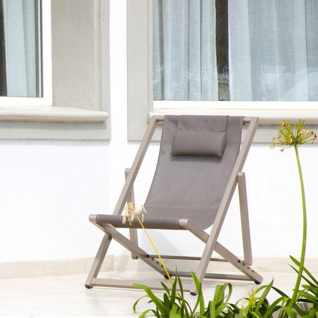 54 les meilleures images concernant lits piscine chaises for Chaises longues piscines