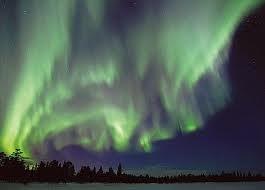 noorderlicht veroorzaakt door de zonnevlammen