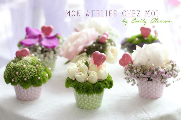 Flower cupcakes ~ Emily Alarcon, fleuriste,