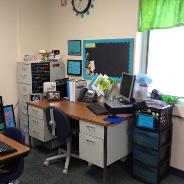 Minimalist Classroom Management ~ Best decorate teacher desk ideas on pinterest