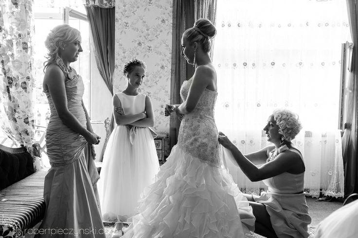 ROZK-Page-7-Wesele-Wedding-Dworek-Hetmański.jpg #wedding #photography