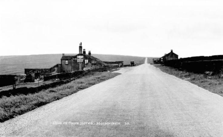 0149 The Isle of Skye Road and the Isle of Skye Hotel 1910.
