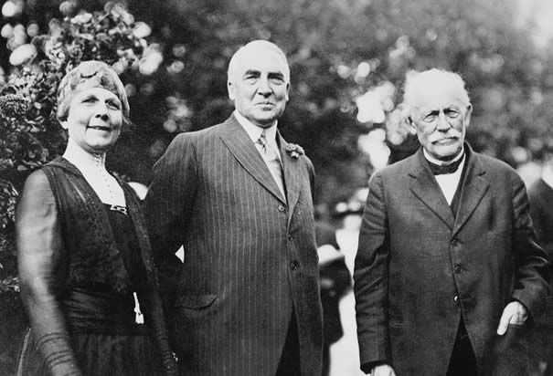 an analysis of warren g hardings presidency Warren g harding: the 29th us president (1921-23), whose brief administration accomplished little of lasting value.