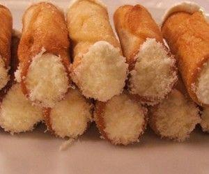 Cannoncini croccanti con mousse di gorgonzola di Luca Montersino | Alice.tv