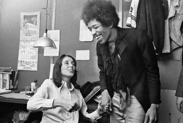 Blog - Awesome People Hanging Out Together Joan Baez and Jimi Hendix
