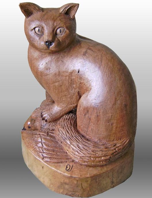 Gato Montes.  Madera de Nogal