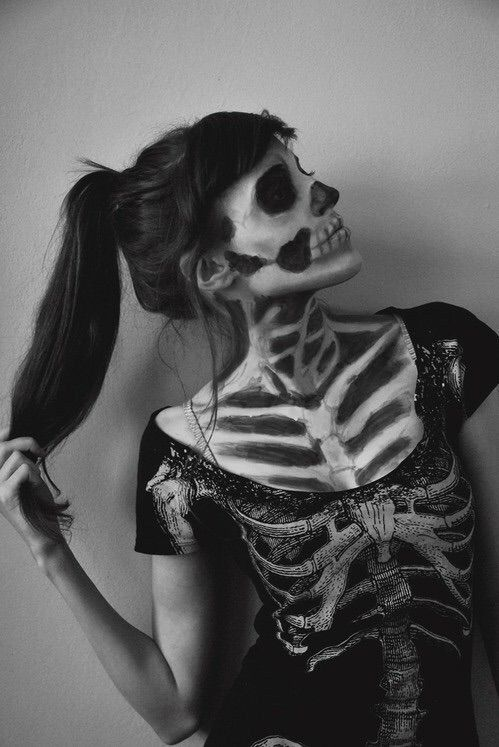 Image via We Heart It #arcticmonkeys #b&w #bands #beautiful #blackandwhite #costume #cute #dark #everyday #facepaint #girl #grunge #Halloween #lana #love #music #notes #paint #pale #skeleton #skull #today #tomorrow #tumblr #unique #swag #thefrontbottoms #lanadelrey #the1975 #frontporchstep