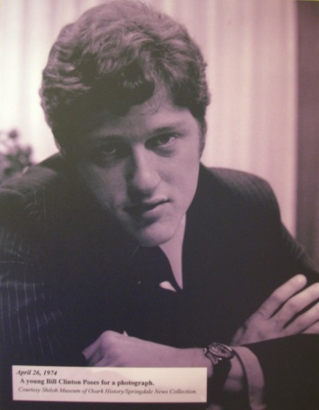 Young Bill Clinton... kinda looking sexy here.