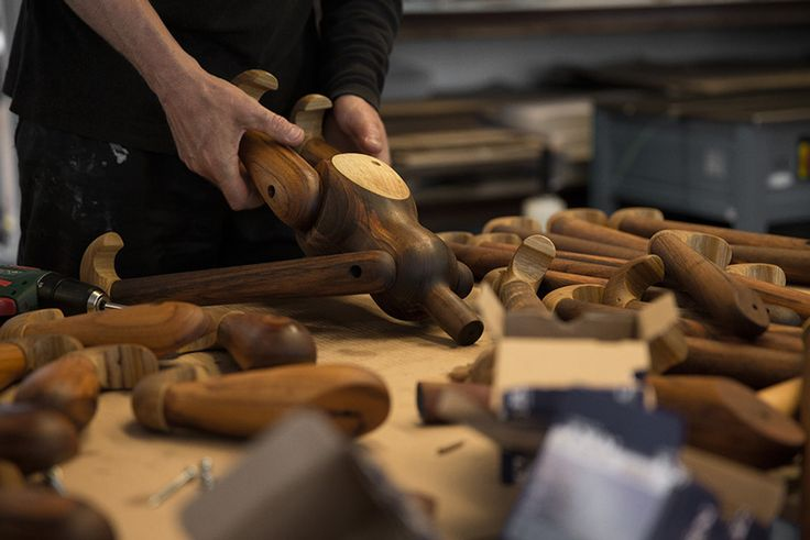 Wood Monkey behind the scenes http://www.brdr-kruger.dk/shop/cms-wooden-monkey-designed-kay-bojesen-produced-by-brdr-kruger.html