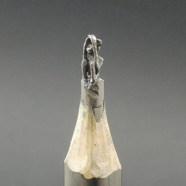Three wise monkeys - 三匹の猿 (sanbiki no saru) - First one: See no evil #pencil #sculpture #art #artwork #pencilcarving #three #wise #monkey #seenoevil #instalike #instafollow #follow #amazing #cool #bosnia #artist #toldart