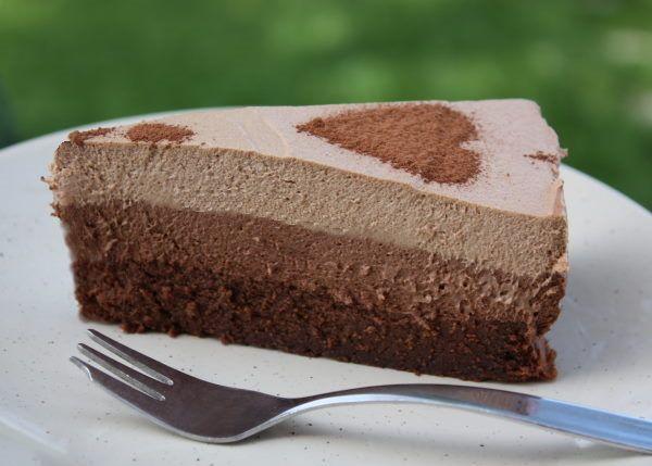 Extra čokoládová trojfarebná torta