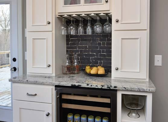 Counter space cupboards set back no fridge kitchens for Built in bar counter
