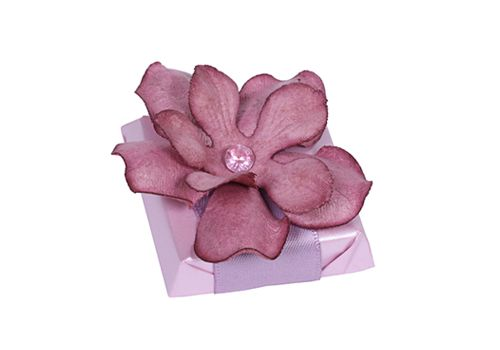 Patchi Purple Fusion Chocolate wedding favor  http://patchi.us/wedding-favor-purple-fusion.html