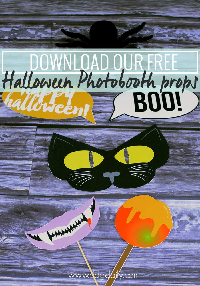 Download our free Halloween photobooth props printables