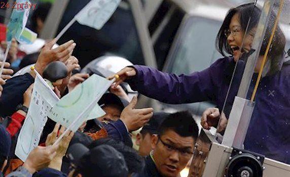 Čekejte odvetu, budete-li se stýkat s politiky z Tchaj-wanu, vzkazuje Čína Američanům