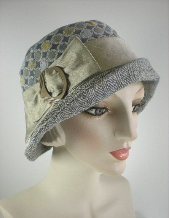 eaee80247670b5 Women's Ladies 1920s style Wool and Silk Cloche Hat, Gray Winter ...