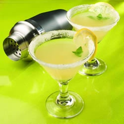 lemon drop. mm, :): Fluid Ounce, Drop Allrecipes Com, Crushes Ice, Glasses, Lemon Slices, Fresh Mint, Fresh Lemon, Drinks, Lemon Juice