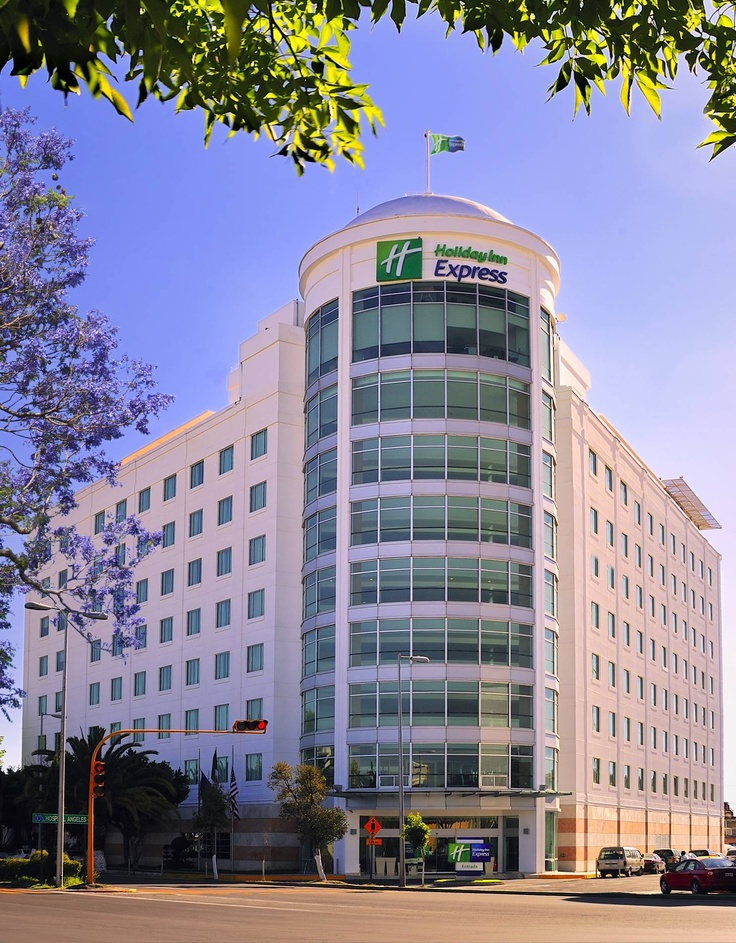Fachada Holiday Inn Express Puebla