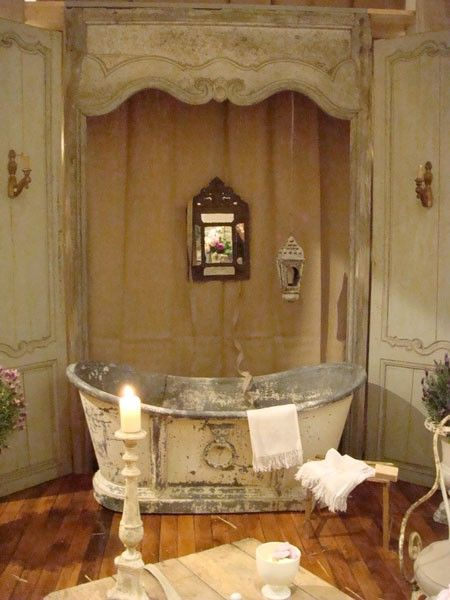Love this: Decor, Dreams, Vintage Bathroom, Rustic Furniture, Bathtubs, French Country, Bathroom Ideas, Shabby Chic Bathroom, Bath Time