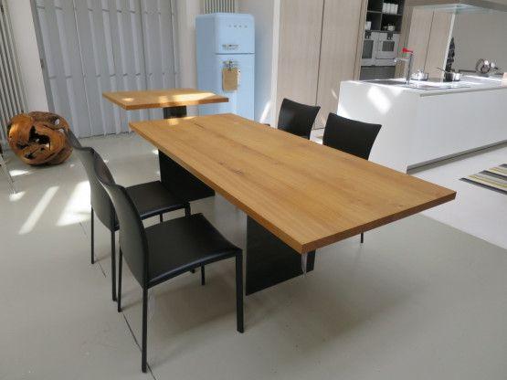 Schöner essen mit dem Designertisch Tix eMotion von Zoom by Mobimex  Der Anbautisch ist höhenverstellbar! #Esstisch #mobimex #eiche #holz #wangentisch