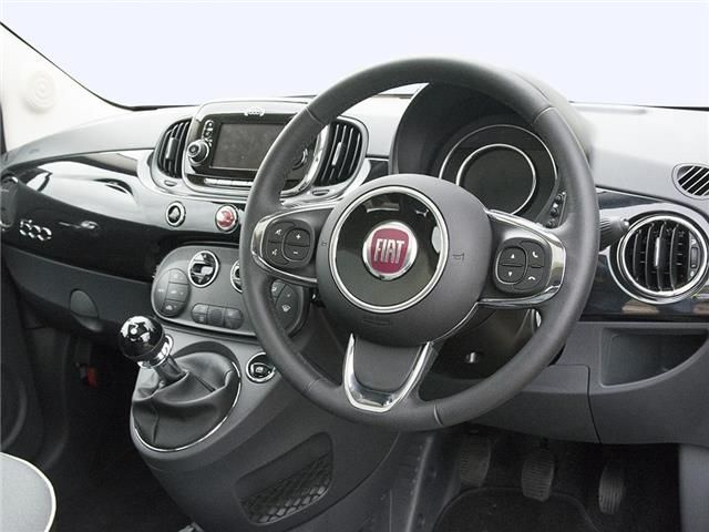 Fiat 500 Hatchback interior view