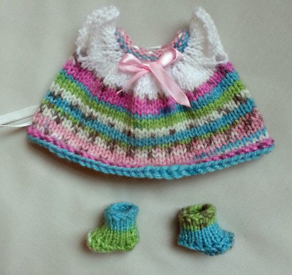 Check out this item in my Etsy shop https://www.etsy.com/listing/216274908/hand-knitted-dolls-clothes-for-35-4-ooak