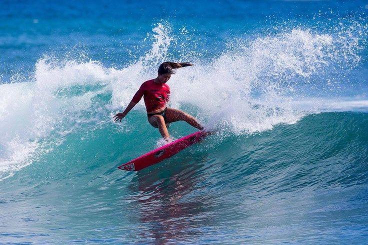 いいね!2,336件、コメント23件 ― Leila Riccobuano レイラ リコブアノさん(@surferleila)のInstagramアカウント: 「🙏🏼Please vote for me in the @ripcurl_usa #GromSearch #SurflineMoment by 'liking' the pic in the…」