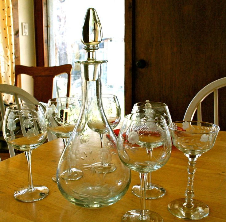 Gorgeous Handcrafted Romanian Etched Crystal Decanter Wine Glass Set $29.99