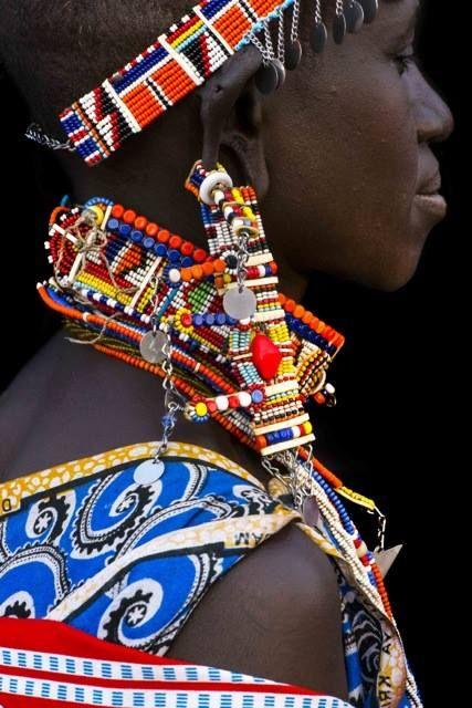 Africa | Details; Masai woman.  Kenya | ©Benoît Feron