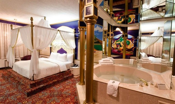 King Of Prussia Themed Hotel Rooms