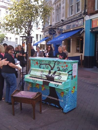 street-pianos