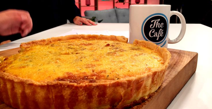 Taken from SALLY HOLLANDS GOODBYE GLUTEN  French Onion Tart – Serves 6 TO 8 –  1 quantity cream cheese pastry 1 tbsp olive oil 1 tbsp butter 3 onions, peeled and sliced 150 g bacon, gluten free, chopped 1 tbsp fresh thyme leaves 4 large eggs 150 ml cream 100 ml milk 1 ...